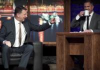 """Valsts prezidents Raimonds Vējonis """"spridzina"""" Skuteļa humora šovā VIDEO"""