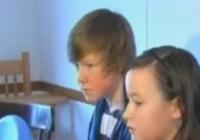 Viņš dzirdēja klaudzēšanu pie durvīm – Ko šis 14 gadus vecais puisis izdarīja patiešām ir varonīgi