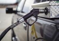 Benzīna cena ASV nokritusies līdz 9 eirocentiem par litru