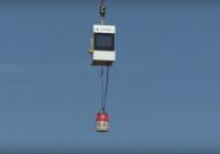 Kas notiks ja nometīs gāzes balonu no 30 metru augstuma? VIDEO