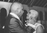 Laulību ceremonijas laikā līgava nodzina matus. Iemesls liek apraudāties… FOTO