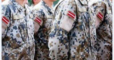 latvijas-armija-1050x703