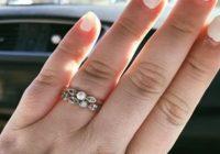 Viņas saderināšanās gredzena foto satrauca visu internetu viena pārsteidzoša iemesla dēļ!