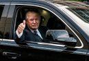 """Donalds Tramps izrāda savu """"zvēru"""". Šāds auto izturēs pat raķetes triecienu! FOTO"""