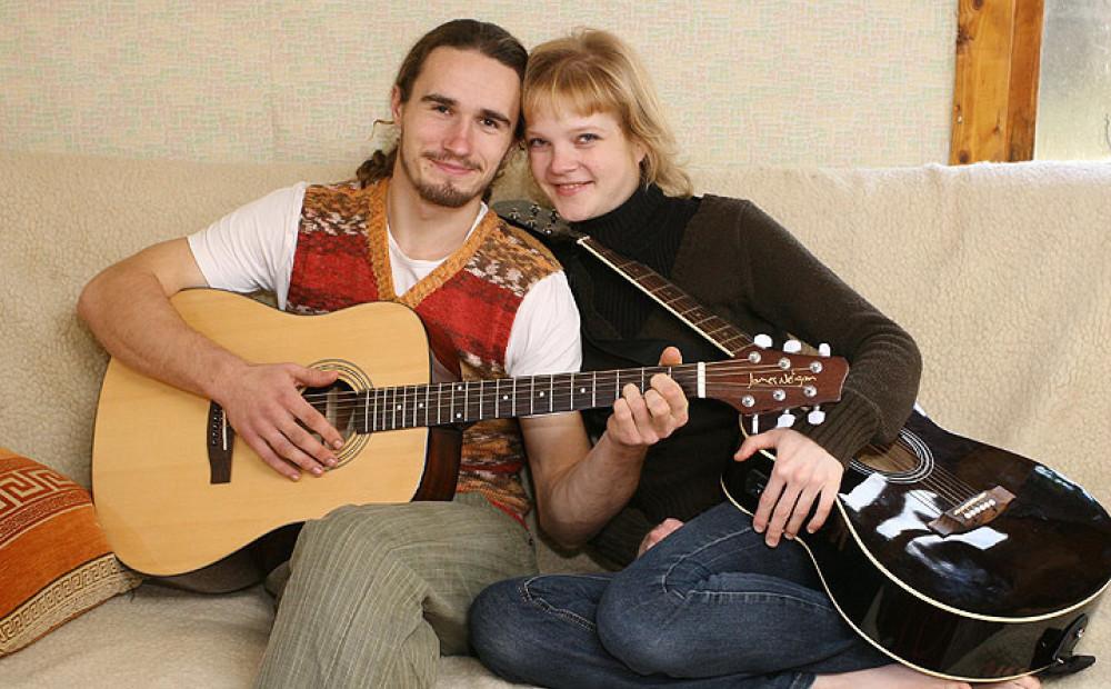 Uzzini, kā tagad dzīvo Saimniekšova saskanīgākais pāris Kaspars un Gunita!
