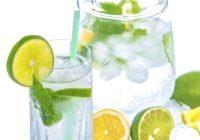 Cik kaloriju ir svaigi spiestā citrona sulā?