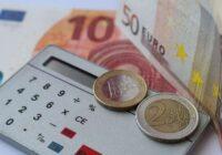 Cilvēka cienīga dzīve par 2,35 eiro dienā? Tiesībsargs atkal brīdina valdību par tiesu