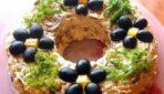 Kārtainā sāļā torte Lieldienu galdam