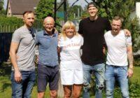 Sirsnīgs foto: Porziņģa ģimene vienojās skaistā kopbildē