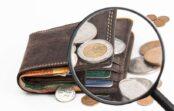 Vācijā apkopēja aizlaižas ar 200 000 eiro kļūdaini izmaksātu mēnešalgu