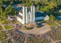 VIDEO: Aglonā Tautas Krustaceļu trešdien apmeklējuši ap 25 000 cilvēku