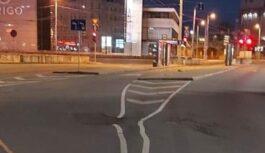 FOTO: Vai tiešām tā bija domāts? Rīdziniekus pārsteidz ielas marķējums