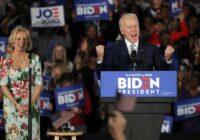 VIDEO: Džo Baidena atbalstītāji svin uzvaru ASV prezidenta vēlēšanās