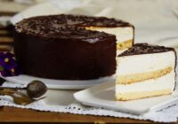 """Torte """"Putna piens"""". Maigs biskvīts, maigs krēms, vilinoša šokolāde!"""