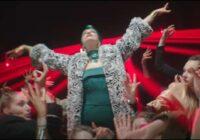 VIDEO: Samantas Tīnas Eirovīzijas dziesma saceļ pamatīgu troksni; pat aicina to aizliegt