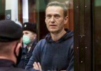 VIDEO: Krievu opozicionārs Navaļņijs uzsācis badastreiku