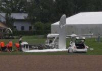 VIDEO: Pie Cēsīm nokritusi lidmašīna; bojā gājis pilots