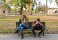 7 pazīmes, ka Jūsu partnerim ir emocionālā pieķeršanās citam cilvēkam